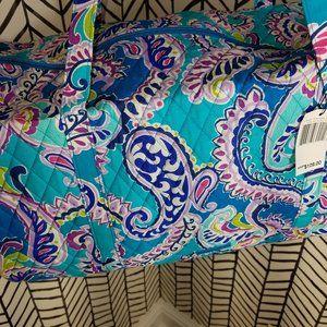 Vera Bradley Large Traveler Duffel Waikiki Paisley